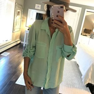 Cloth & Stone light green button down shirt XL
